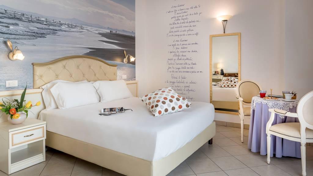 Sovrana Vasca Da Bagno.Hotel Sovrana Rimini Junior Suite Hotel 4 Stelle Con Spa
