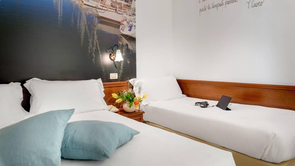 Hotel-Sovrana-Rimini-rooms-34