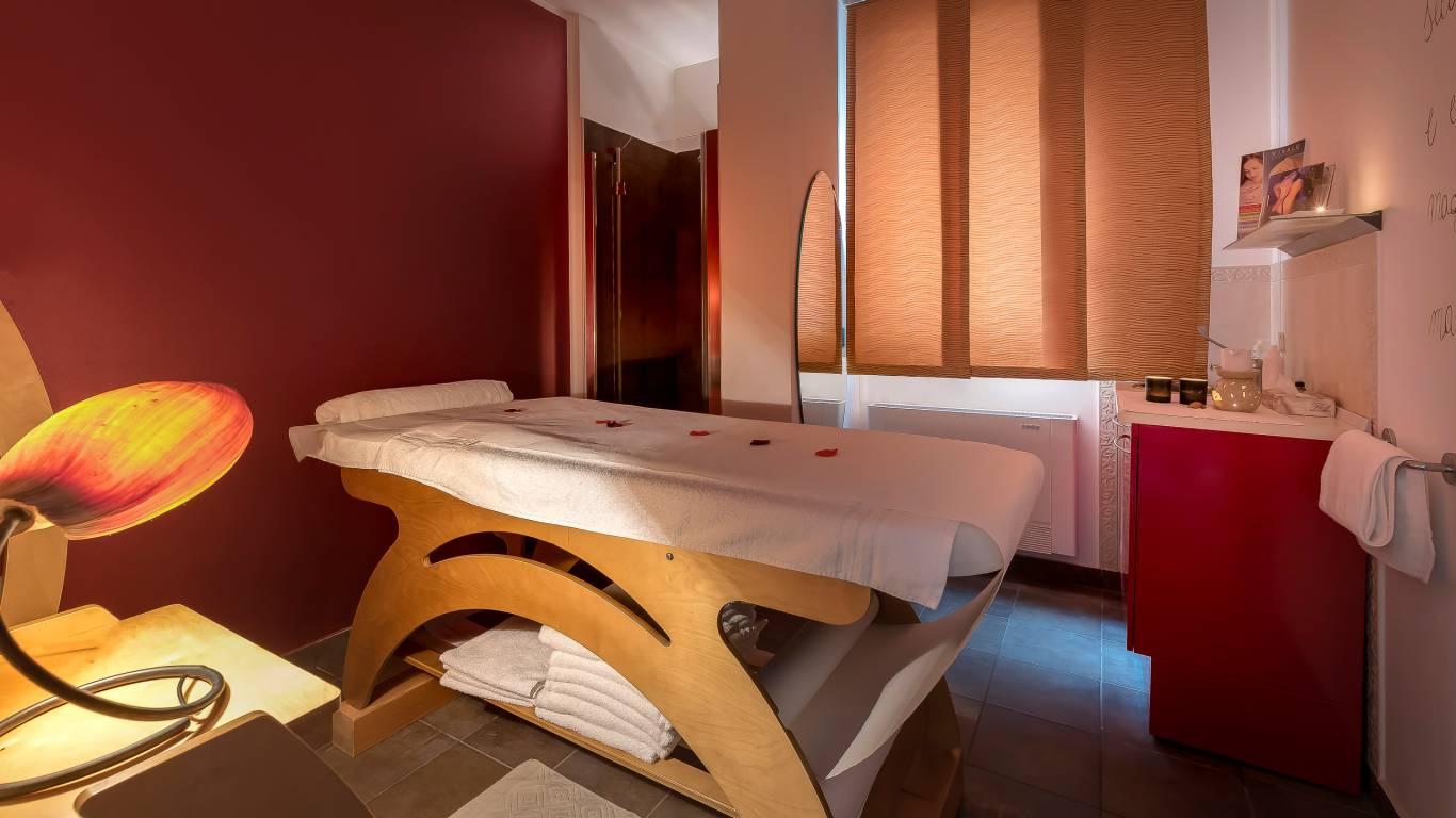 Hotel-Sovrana-Rimini-Re-Aqua-SPA-14