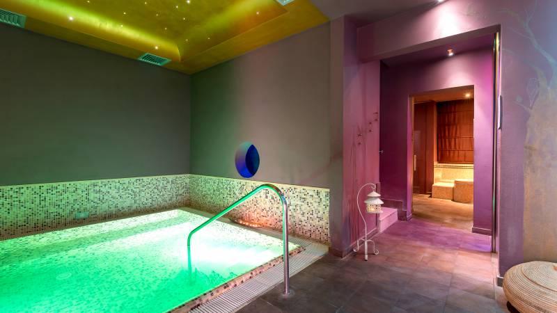 hotel-sovrana-&-spa-rimini-Re-Aqua-SPA-6